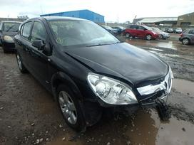 Opel Astra. UAB augenera, nuklono g. 26,