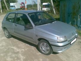 Renault Clio dalimis.  s.batoro g