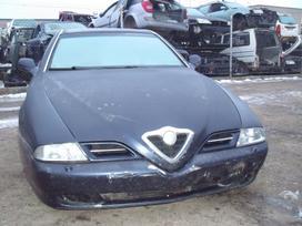 Alfa Romeo 166. Dalimis