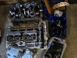 Bmw 2 serija variklio detalės
