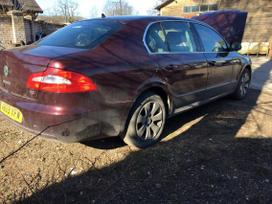 Skoda Superb. 2.0tdi 103kw bmp. 