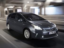 Toyota Prius+ dalimis. ! tik naujos