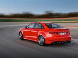 Audi Rs3 dalimis. ! naujos originalios