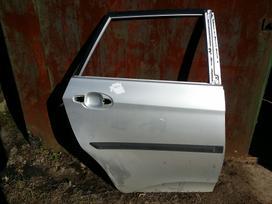Toyota Verso-s durys