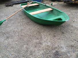 Kita, plastikinės valtys