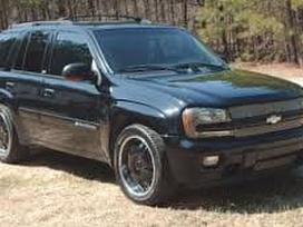 Chevrolet Trailblazer dalimis. Apardytas