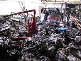 Volkswagen Caddy. Yra variklis bse 450 deze