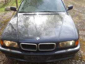 BMW 740 dalimis. Bmw e38 740i 1998m. gb sedanas  spalva: