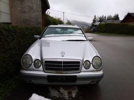Mercedes-benz E220. 611.961
