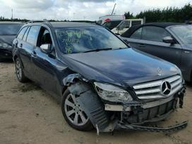 Mercedes-Benz C220 dalimis
