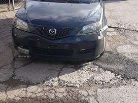 Mazda 2 dalimis
