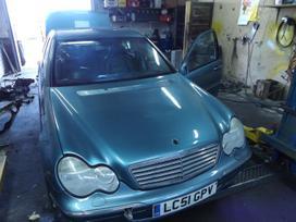 Mercedes-Benz C klasė dalimis. *turime daugiau ardomų automobilių