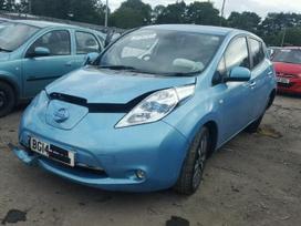 Nissan Leaf dalimis.  platus