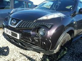 Nissan Juke dalimis.  platus