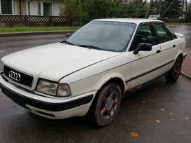 Audi 80 dalimis. Turime ir daugiau įvairių