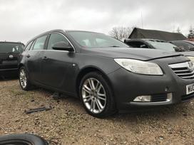 Opel Insignia. Automobilis dar neisardytas! taikome detalem