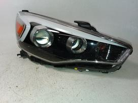 Kia Cadenza. Kia cadenza right led tail lamp