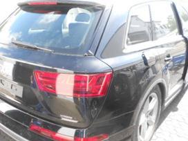 Audi Q7. Audi q7 dalimis