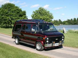 Chevrolet Chevy Van dalimis. Dalys visiems