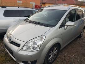 Toyota Corolla Verso dalimis