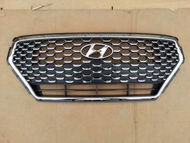 Hyundai i30 žibintai, apdailos grotelės