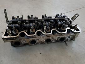 Mercedes-benz 123 variklio detalės