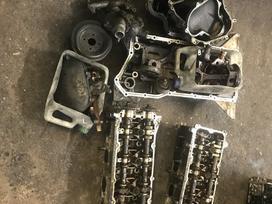 Infiniti Qx56 variklio detalės