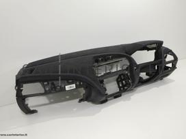 BMW 1 serija. Odinių panelių ir kitų odinių salono detalių