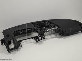 Jaguar F-type. Odinių panelių ir kitų odinių