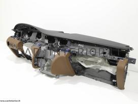 Maserati Quattroporte. Odinių panelių ir kitų