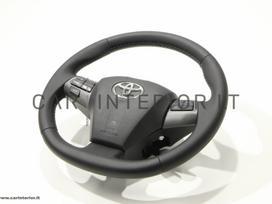 Toyota RAV4 salono detalės