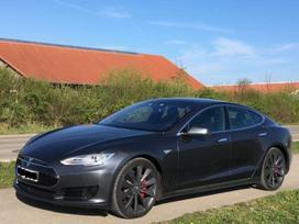 Tesla Andere dalimis. W  bene