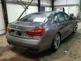 BMW 7 serija. Automobilis parduodamas dalimis turime daugiau
