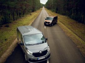 Renault Trafic, passenger vans