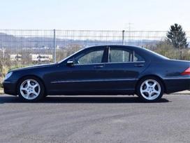 Mercedes-benz S320 dalimis. Skambinti siais