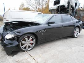Maserati Quattroporte dalimis. Maserati