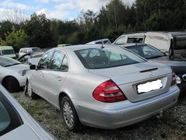 Mercedes-benz 211. MB w 211 3.5i 4matic: 2.