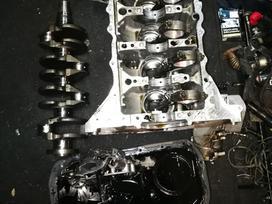 Peugeot -kita- variklio detalės