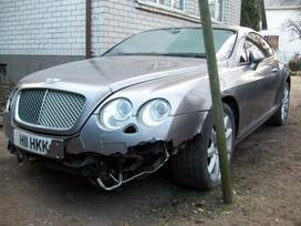 Bentley Continental dalimis. Bentley