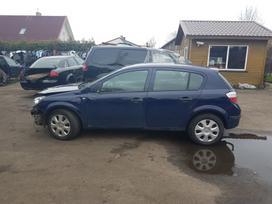 Opel Astra. Ardomas dalimis,turime platu