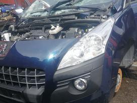 Peugeot 3008 dalimis. Tik pradetas ardyti
