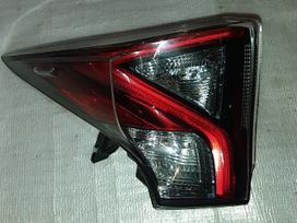 Toyota Prius. Toyota prius 1,8l pcm ecm ecu