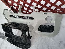 Bmw X4. Priekinis kapotas baltas, sparnai