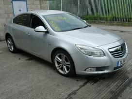 Opel Insignia dalimis. Automobiliu detales