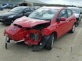 Nissan Leaf dalimis. Automobiliu detales
