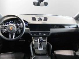 Porsche Cayenne salono detalės