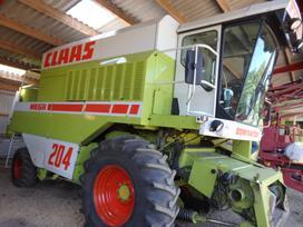 Claas Mega 204, kombainai