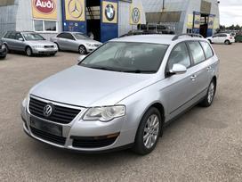 Volkswagen Passat. Variklio kodas: bkc` smulkūs kebulo defektai`