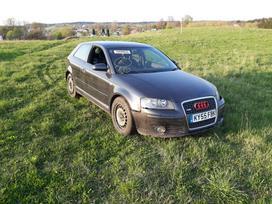 Audi A3. Bkd variklis s-line odinis salonas