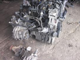 Suzuki Sx4. Yra daugiau ardomu auto ir